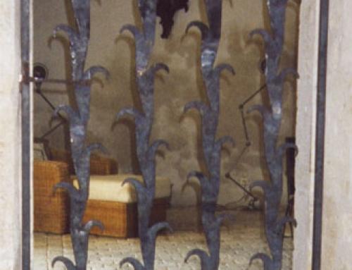 Porte de défense